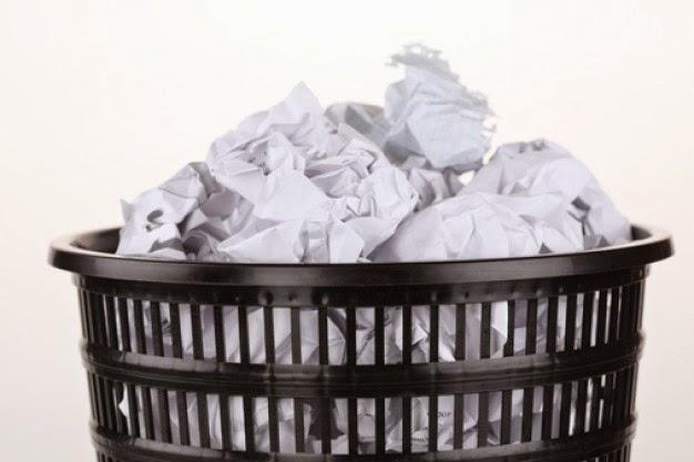 documentos--cesta-de-basura--el-documento-arrugado_3268155